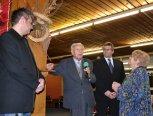 Setkání se starostou - slovo si vzal také bývalý starosta obce p. Lapaček