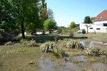 Okolí závodiště po opadnutí vody ... foto: Pavel Kováč